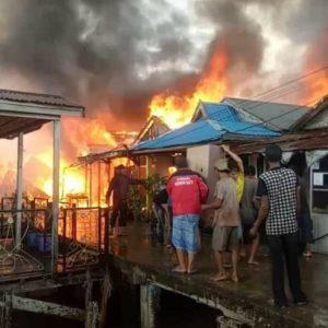 Kebakaran Di jl.Parit IV RT.O1 jl.Tenggiri & jl.Bawal,Kel.Kp.Nelayan