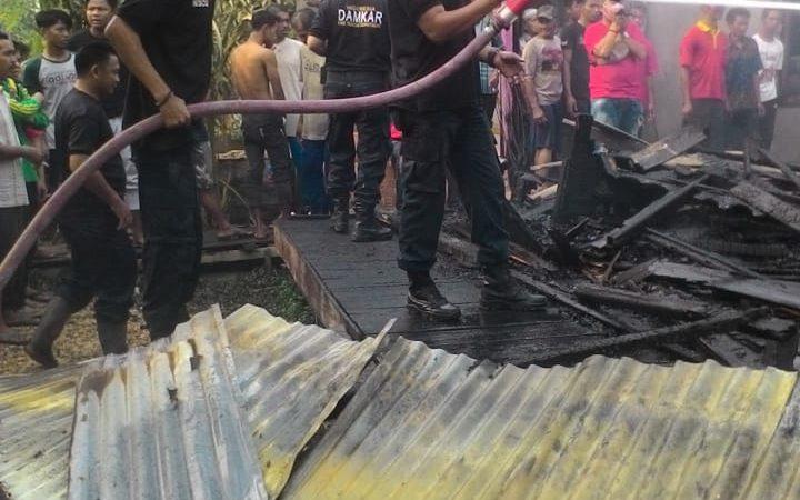 Kebakaran Di Desa Pembengis